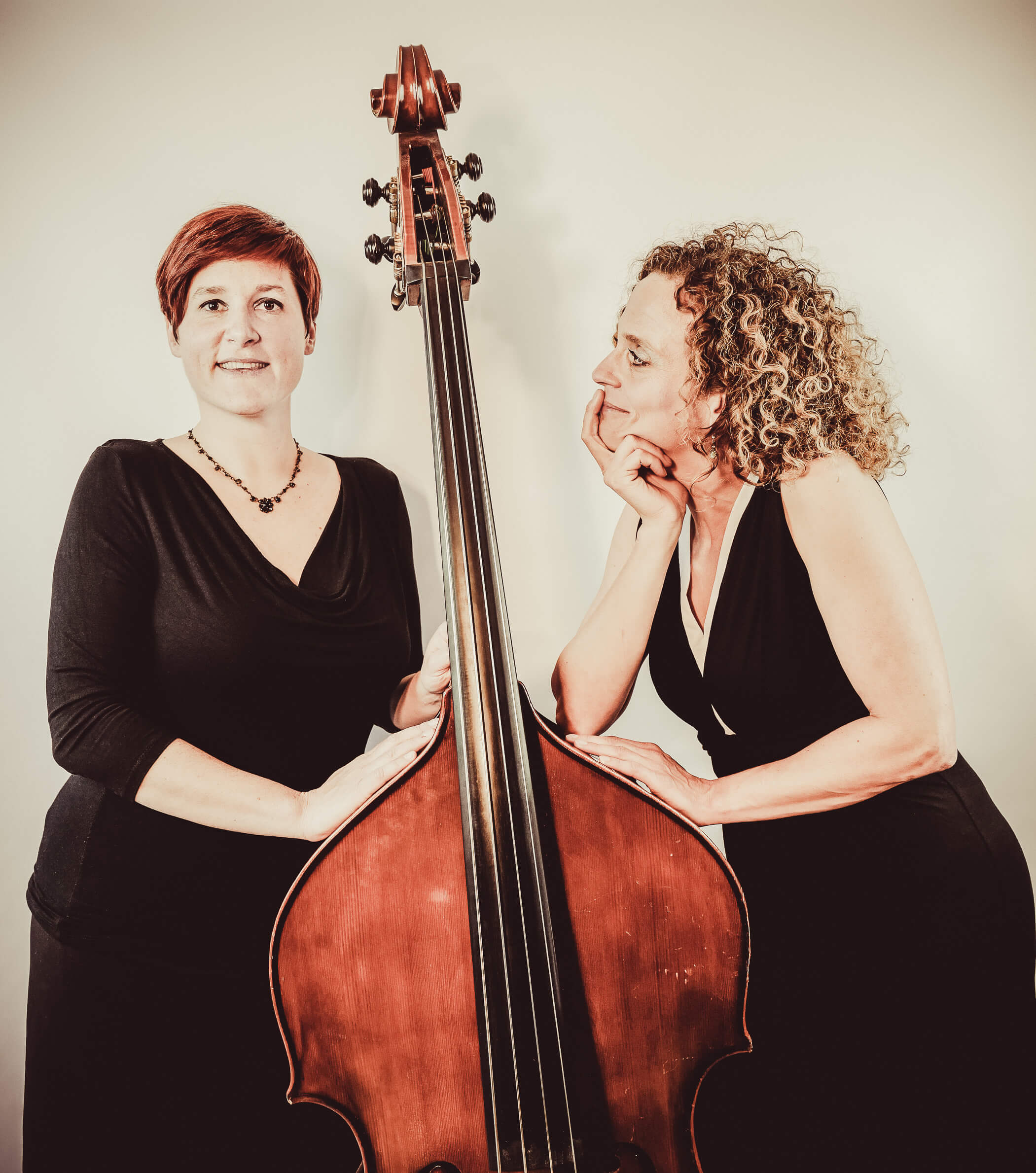11.10.2019 um 19:30 Uhr – Bar-Jazz Jacques' Weindepot: »Woman's Work«<a href='index.php?LL_DE&BNA=7022&von=index.php&zeige=events&sub=EV_1856'> <img src='picts/moreinfo.jpg' alt='Mehr Info' width='20' height='12' align='absmiddle' /></a>